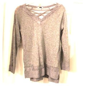 Tops - Grey sweatshirt and lace casual top